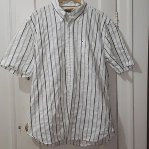 Gently used mens button up shirt